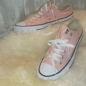 Pink converse shoes NWOT